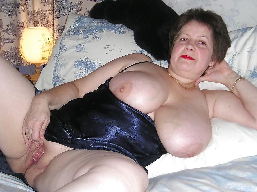 Baise ce soir  Rhone-Alpes avec une femme adorant les grosses bites
